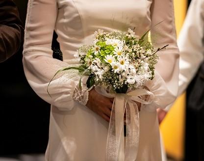 ウエディングドレス、Authentique