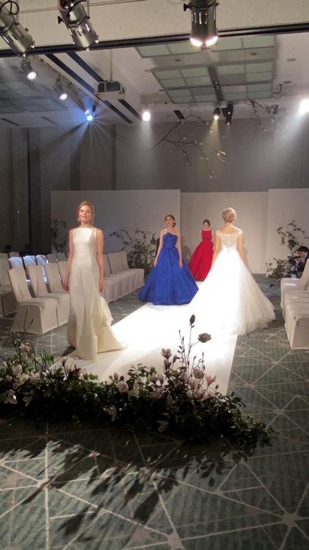 オーセンティック ウェディングドレス カラードレス インポートドレス