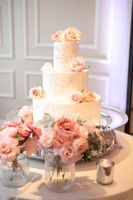 ウエディングケーキ バラ ピンク
