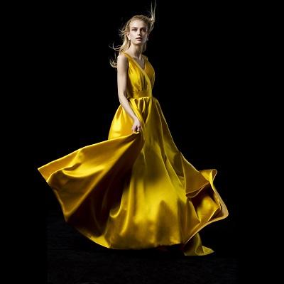 Authentique、ドレスショー、結婚式
