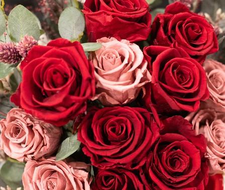 結婚式 赤  バラ コーディネート