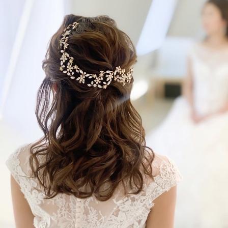 花嫁ヘア、挙式 披露宴 ヘアチェンジ、ハーフアップ